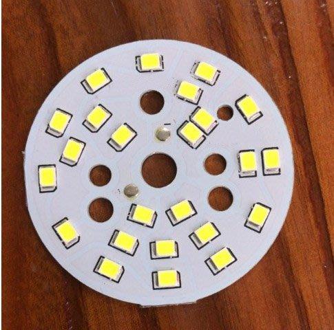 LED燈板5公分(帶公頭連接線,長度:20公分)功率:12W,AC110-240V,色溫:6000K,嵌放孔:15cm