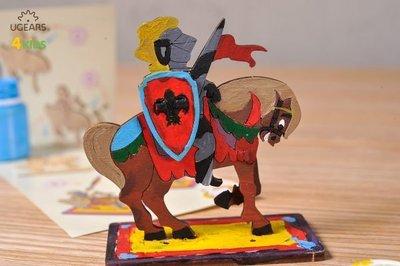 UGEARS 著色白馬王子 騎士 KNIGHT  享受組裝及上色的樂趣,用這樣精緻的3D模型來創造你自己的故事 白馬王