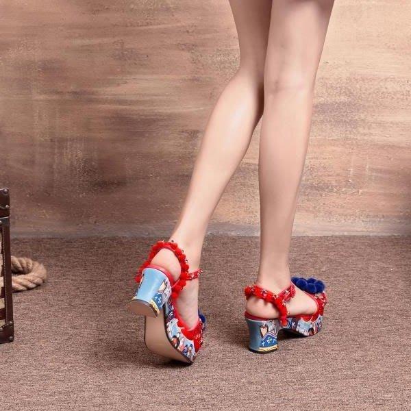 5Cgo【鴿樓】會員有優惠 528878965696 新款藝術跟超漂亮夏季時裝涼鞋-毛球縫鑽裝飾印刷跟走秀款