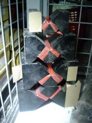 【路卡傢飾~家庭五金】M型三角鐵塊 鋼造當盤 鐵砧 板金 金銀 皮件 飾品 汽修鐵檯