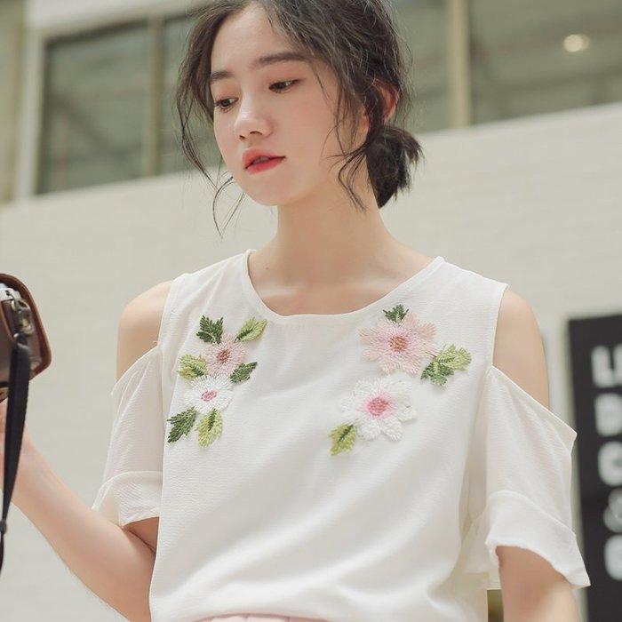 SEYES 日系雜誌款甜美刺繡花朵露肩上衣