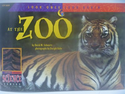 【月界】At the Zoo-Look Once,Look Again Science Series〖少年童書〗CER