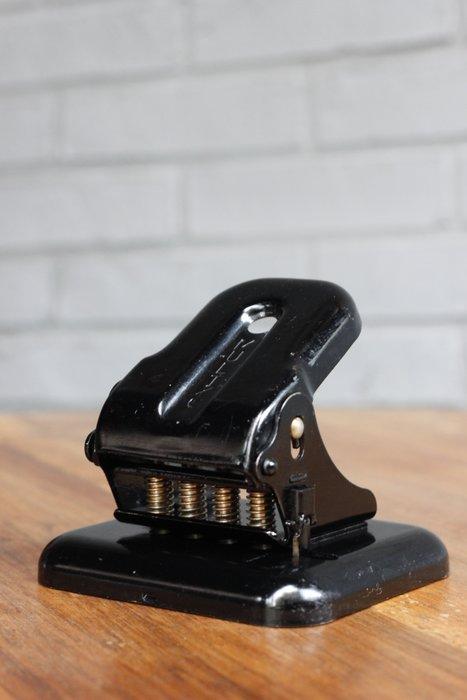 1960s英國製四孔打洞機/古董打洞機 歐洲古董老件(02_N-50-7)【小學樘_歐洲老家具】