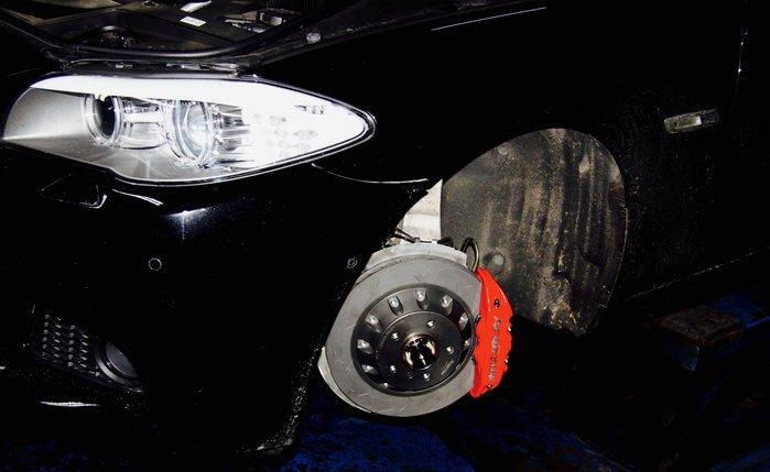 AEROTUN BMW F10 前四活塞套件345mm