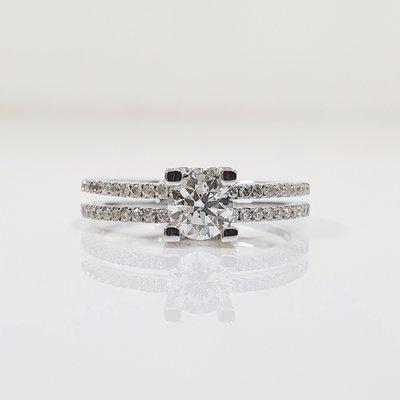 送禮禮物禮品 GIA鑽石戒指 主石51...