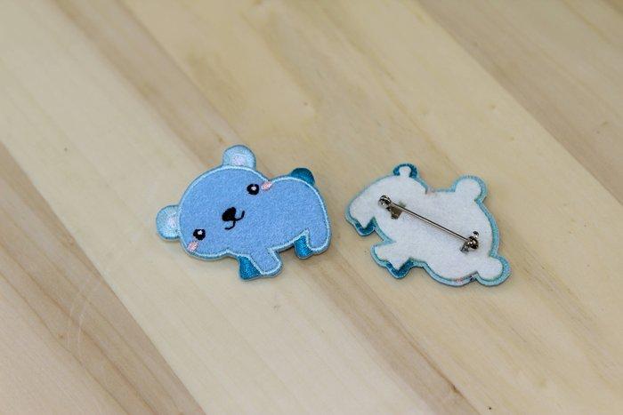 布繡別針-森林可愛動物系列 熊熊裝可愛(單個)
