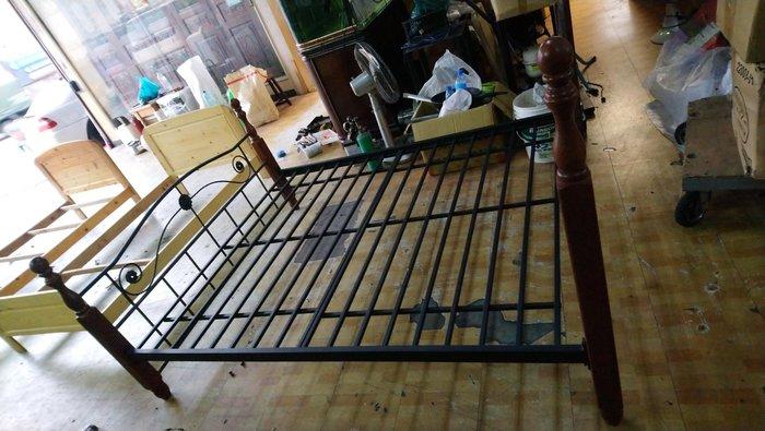 ㊖搬家寄倉=更新二手倉庫㊖中古5尺標準雙人床床架床框組合床~双鐵床收.購回收家具家電