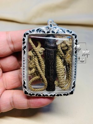 泰飾佛牌古玩泰國佛牌 龍婆公2500-2530木雕巴拉吉 薩瑪空 冠蘭圣物
