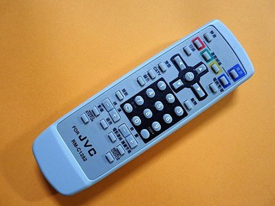 JVC傳統電視遙控器 RM-C1282 更換電池不需重新設定 -【便利網】