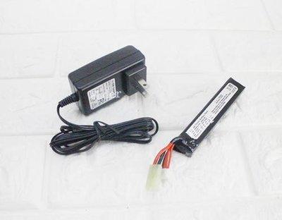[01] 11.1V 鋰電池 口香糖+ 11.1V 充電器 (鋰鐵充電電池EBB AEG電動槍AR步槍M4後托BB槍