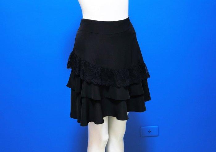 正韓|鬆緊彈性腰類緞面斜邊蕾絲褲裙(現貨5F10805-913*
