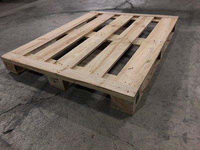 中古木頭棧板塑膠棧板