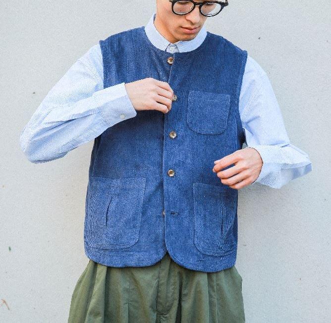 【NoComment】很有質感很日系古著風格的一款素面燈絨棉背心 兩色 Visvim