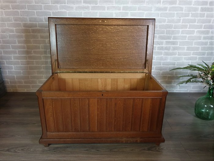 【卡卡頌 歐洲古董】比利時 厚實  橡木 多功能 儲物櫃  邊櫃  木箱  可當椅子  棉被箱  ca0122