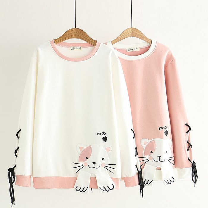 【43121】圓領 日系森女系貓咪貼布字母刺繡加絨長袖上衣。☆*藍荳荳小舖*☆(預購)