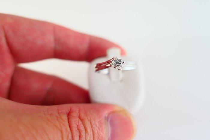 [吉宏精品交流中心]31分 天然鑽石 白k金 造型 戒指(公關禮物)