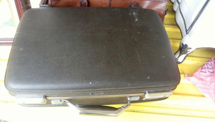 [ov&O] American Tourister 30年以上古董旅行箱 物件狀態極佳珍品