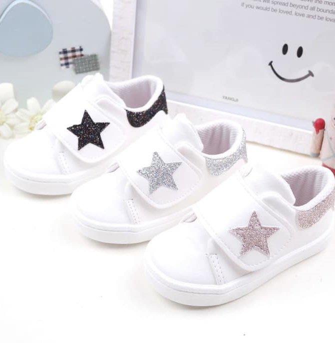 『※妳好,可愛※』 妳好可愛韓國童鞋 正韓 星星雙魔鬼氈休閒鞋 板鞋 休閒鞋 魔鬼氈休閒鞋 韓國童鞋