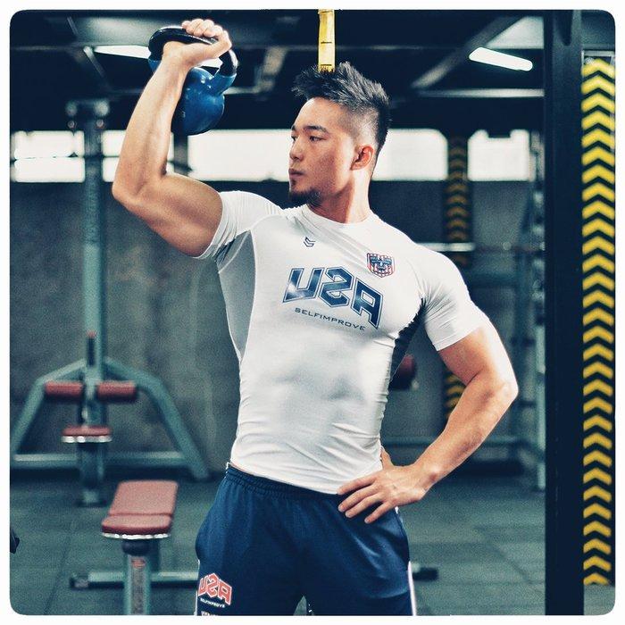 【OTOKO Men's Boutique】固制:USA美國隊專業緊身短袖/白色/正版(台灣獨家代理)