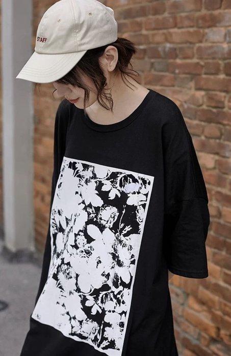 國外帶回超美寬鬆黑底大T shirt 超美
