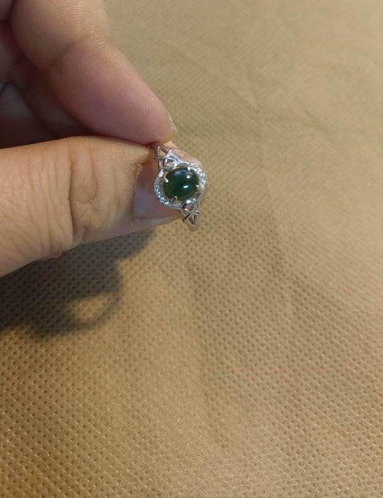 天然緬甸A貨~深綠蛋翡翠~ 925銀鑲嵌 活圍戒指