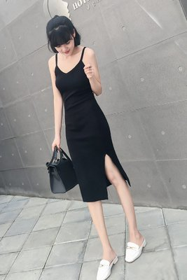 吊帶針織連身裙裙子2019新款女裝春裝夏季氣質性感春秋打底小黑裙