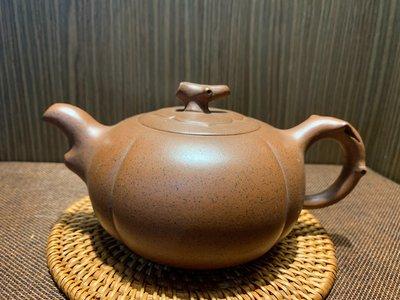 ~壺風茶道~473《宜興紫砂 早期紫砂 南瓜壺》~古董、茶壺、普洱茶、紫砂壺、家用茶具禮品、中國宜興紫砂