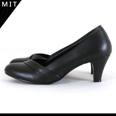 女款 新鮮人求職面試必備款 全黑小造型 微尖頭跟鞋 上班鞋 跟鞋 高跟鞋 MIT製造 Ovan