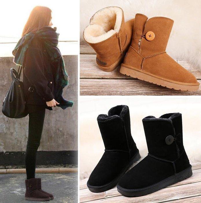 雪靴 真皮雪地靴 女紐扣款中筒加厚皮毛一體保暖防滑鞋 雪地棉鞋 短靴—莎芭