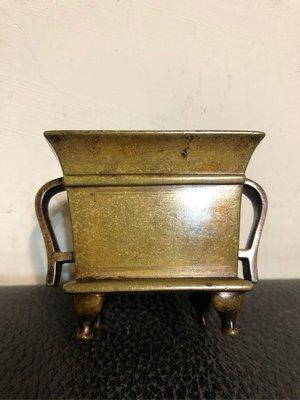 清早期 永寶款 四方雪花金宣德爐(11cmx8.4cmx7.2cm)