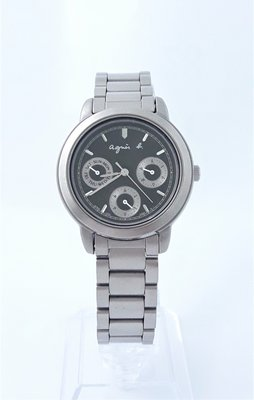 【Jessica潔西卡】艾格尼絲 agnes b.經典全鈦金屬石英錶,非常輕盈