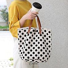 EmmaShop艾購物-韓 早春小清新點點帆布水桶包/托特包/手提