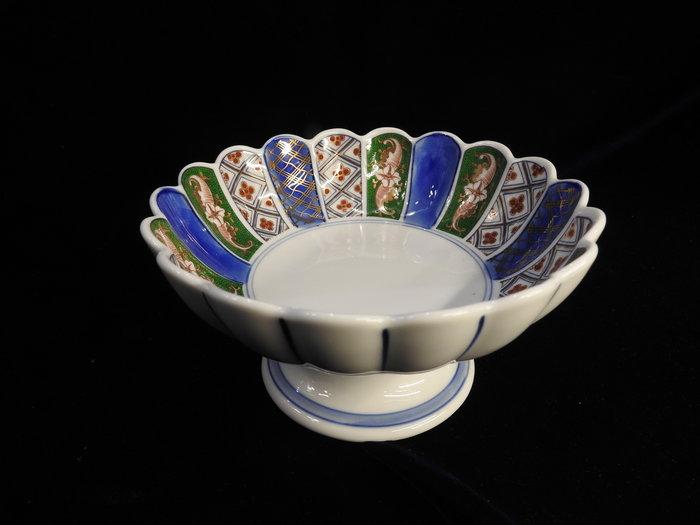 *阿威的藏寶箱‧*【日本製瓷器 日峰 日本藍菊形高台/日式料理器皿/懷石料理器皿】品相優,值得收藏
