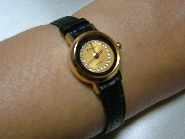 全心全益低價特賣*伊陸發鐘錶百貨*公司貨*小型高級皮帶女腕錶 **拍賣到財運旺旺來.