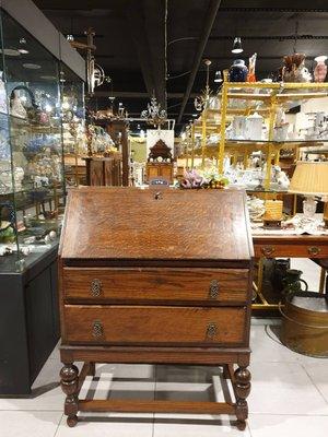 【卡卡頌 歐洲跳蚤市場/歐洲古董】法國老件 ~ {特價}可掀式雕刻  兩層抽屜  寫字桌 書桌 寫字櫃  ca0198
