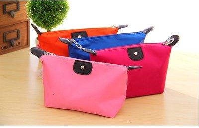 化妝包【HPN001 】時尚水餃化妝包 購物 折疊袋 手提袋 包包 零錢包 手拿包 收納女王
