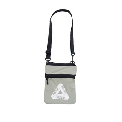 全新商品 PALACE SKATEBOARDS Flat Sack Shoulder Bag 小肩包 肩包 黑色 灰色