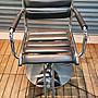 樂居二手家具館 台中西屯中古傢俱賣場 X50827HJJ 黑皮美髮椅 按摩床 美髮椅 桌椅拍賣 書桌椅 電腦椅辦公椅