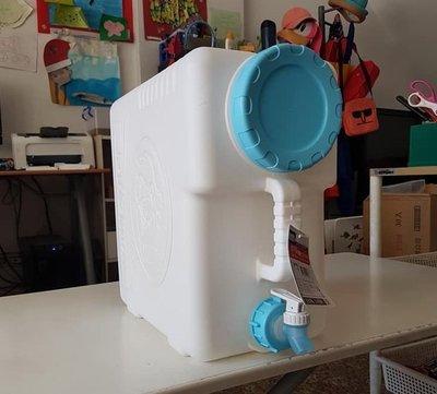 小毛居家『佳斯捷 9101P 地中海25L生活水箱』含稅開發票 台灣製造 水壺 儲水 加水站 裝水容器