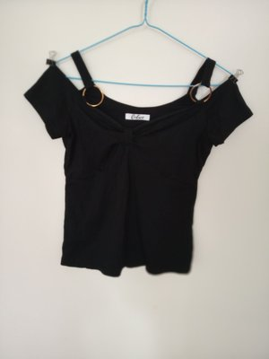 女裝衫全新露肩,size 胸34吋,腰28,衫長19吋