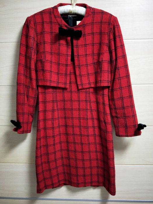 丹丹衣坊--日製芭比風蝴蝶結喜氣洋裝