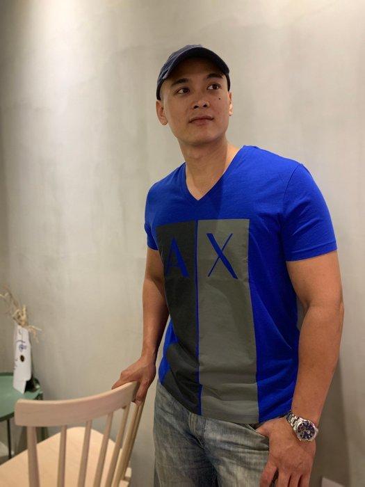 【蟹老闆】AX ARMANI EXCHANGE 男短袖 短袖上衣 V領中柱AX  藍色