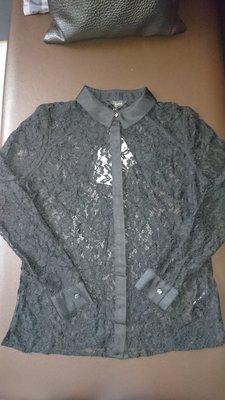 TED BAKER 黑色蕾絲網造型上衣(84)