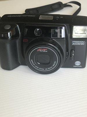 日本原裝FREEDOM ZOOM90 傻瓜 底片相機