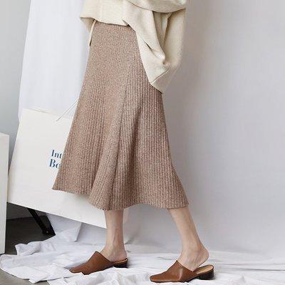【UBY】優雅赫本風!高腰直紋厚針織A字裙◄No09201