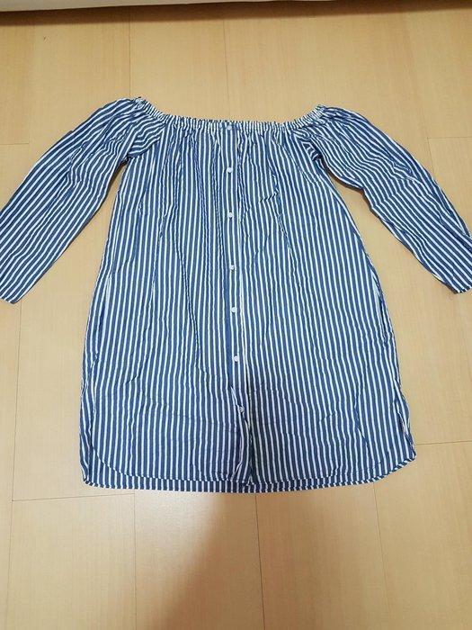二手zara露肩款藍白條紋中長版襯衫xs號,商品如圖閒置出清售出無退換貨服務~