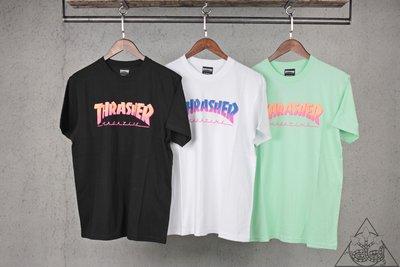 【HYDRA】Thrasher Hometown Spike S/S T-Shirt 漸層 字體 短T【TS26】