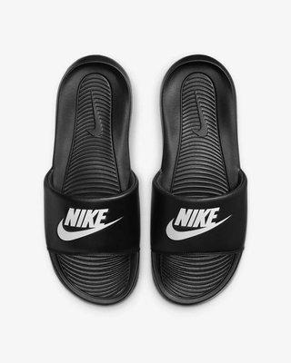 [飛董] NIKE VICTORI ONE SLIDE 軟底 運動拖鞋 男鞋 CN9675-002 黑