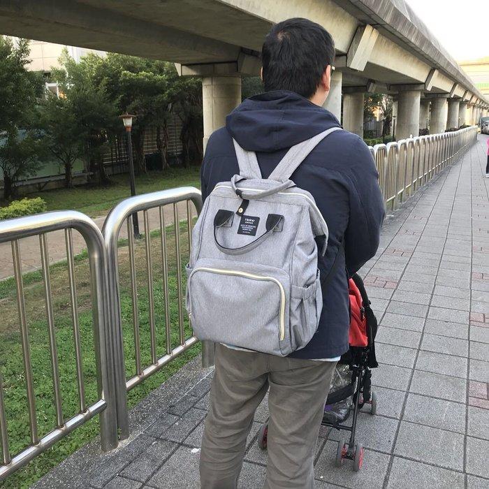 【12H急速出貨】Heine爸爸包 後背包 雙肩包 大空間 大容量 夾層多 隨包附贈推車掛勾兩個