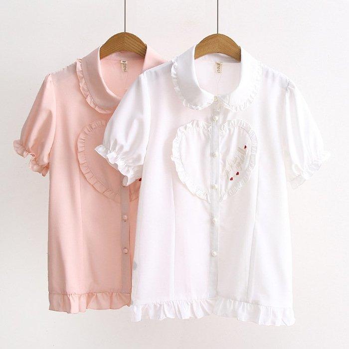 ☂ 糖糖 ☂ 娃娃領木耳邊愛心刺繡短袖襯衫-S19051815